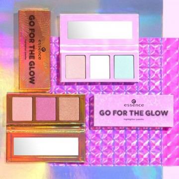 Poze Paleta iluminatoare Essence Go For The Glow Highlighter Pallette 02 The Warms