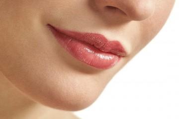 Ruj Catrice Luminous Lips Lipstick 130