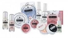 Spray matifiant pentru fixarea machiajului Essence prime & last -daily diaries- mattifying fixing mist 01