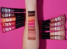 Ruj lichid mat Essence colour boost mad about matte liquid lipstick 04