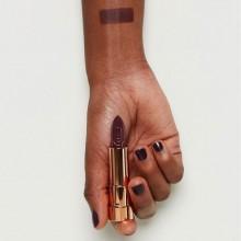 Ruj essence this is me. lipstick 08