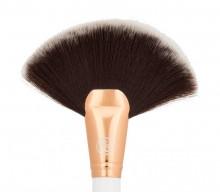 Pensula Boozy Cosmetics Rose Gold BoozyBrush 3500 Fan Brush