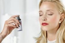 Spray pentru fixarea machiajului Catrice Prime And Fine Multitalent Fixing Spray