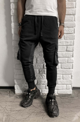 Pantaloni Cargo Barbati Slim Fit Negri Cu Buzunare Laterale M1069