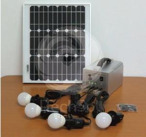 Kit fotovoltaic complet cu LED-uri pentru cabane 15W/4LED/12Ah + incarcator pentru telefoane mobile