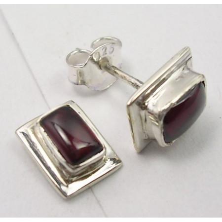 Poze Cercei Argint cu Garnet (0,9 cm)