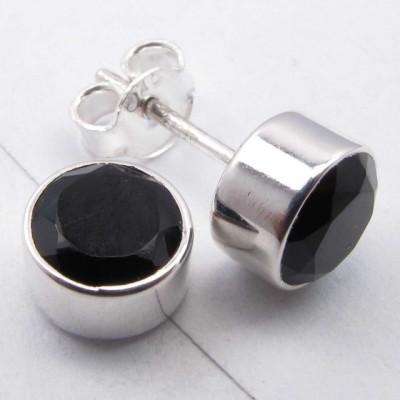 Cercei Argint 925 cu Onix Negru, 0.8 cm lungime