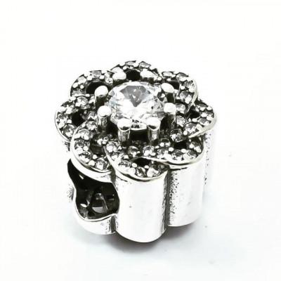 Talisman Argint 925 rodiat Floare si Zirconiu- Simulated Diamond
