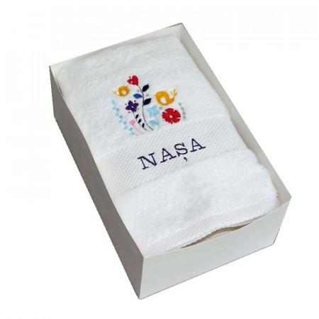 Cadou pentru nasa prosop brodat cu floricele NKB011