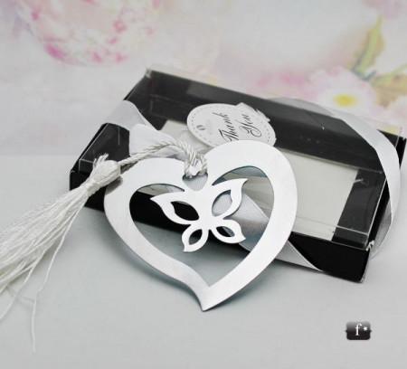 Semn carte inima cu fluture interior FC023