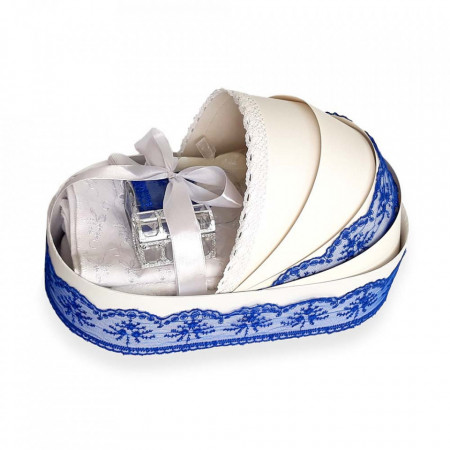 Trusou botez complet, in landou, decor elegant cu dantela albastra Denikos® 142
