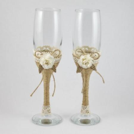 Pahare nunta rustice decorate cu flori si frunzulite PN011