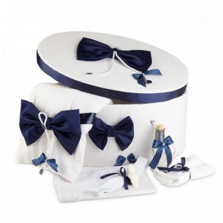 Poze Trusou botez complet si cutie decorata cu funde bleumarine NKTR006