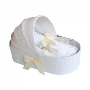 Trusou botez complet, in landou, decor elegant cu dantela ivoire Denikos® 144
