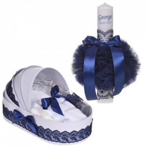 Lumanare botez personalizata si trusou botez in landou, decor dantela Bleumarin, Denikos® 864