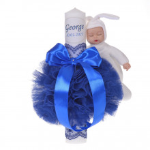 Lumanare botez personalizata, decor albastru cu tul, dantela si o jucarie iepuras, Denikos® 730