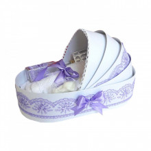 Trusou botez complet, in landou, decor elegant cu dantela lila Denikos® 143