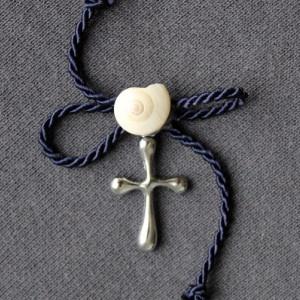 Cruciulite botez marine cu snur si melcisori bc21d