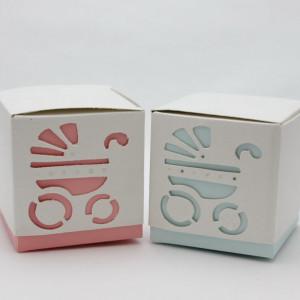 Cutiute cuburi cu carucior marturii botez DA009