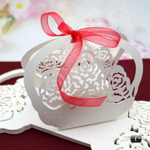 Cutiute cosulet cu trandafiri marturii nunta / botez VN003
