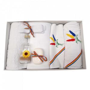 Trusou botez baietel, brodat si lumanare, decor tricolor, Denikos® 122