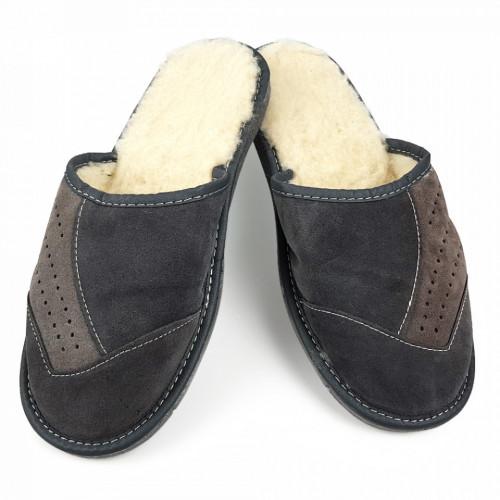 Papuci de Casa din Piele Imblaniti cu Lana de Oaie, Culoare Gri Maro Model 'Velvet Touch'