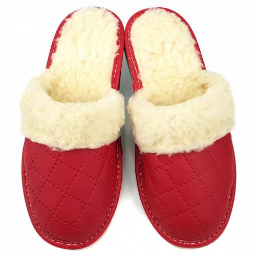 Papuci de Casa Dama Imblaniti cu Lana de Oaie Model 'Renaissance' Ruby