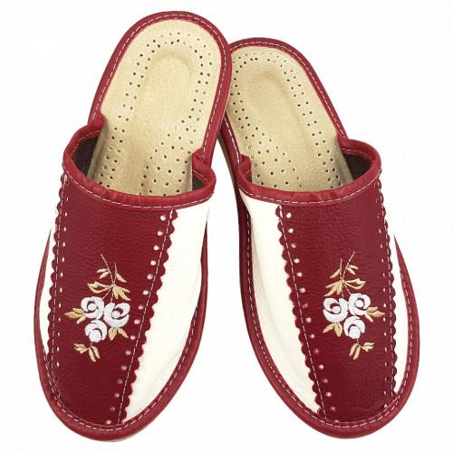Papuci de Casa Dama Material Piele Culoare Crem/Visiniu Model 'Burgundy Elite'