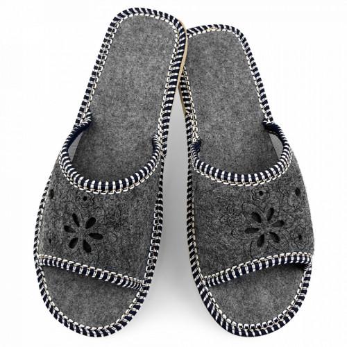 Papuci de Casa Dama din Postav pentru Sezonul de Vara Culoare Gri Model 'Anacaona'