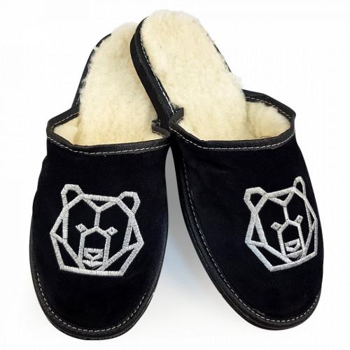 Papuci de Casa din Piele si Lana de Oaie Culoare Negru Model 'Ursul Brun'