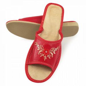 Papuci de Casa Dama din Piele Sezon Vara Culoare Rosu Model 'Red Zyanya'