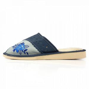 Papuci de Casa Dama Imblaniti cu Lana de Oaie Model 'Royal Rose'
