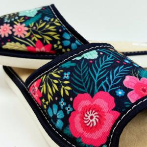 Papuci de Casa Dama, Talpa Groasa, Culoare Negru, Model 'Garden Savage'