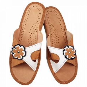 Papuci de Casa Vara din Piele Culoare Maro Crem Model 'Casia' Light