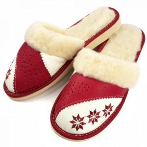 Papuci de Casa Dama Imblaniti cu Lana de Oaie Model 'Spirit of Winter' Burgundy