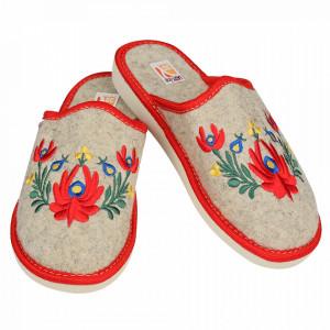 Papuci de Casa Dama din Postav, Model 'Mandale Florale' Culoare Crem