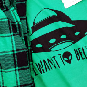 Pijamale Barbati Confortabile din Bumbac Gazzaz by Vienetta Model 'I Want To Belive'