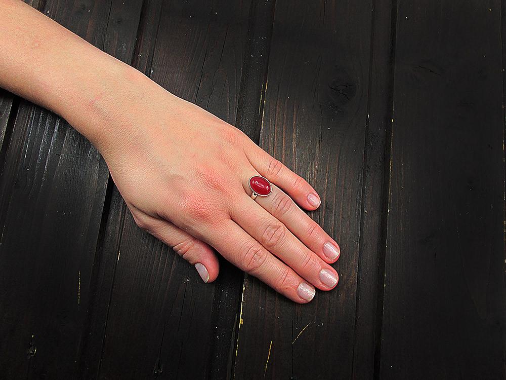 Inel argint reglabil cu jad rosu natural 14x10 MM