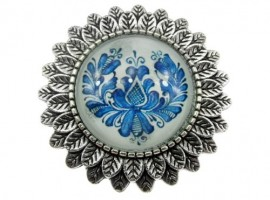 Brosa argintiu antic cu model folcloric