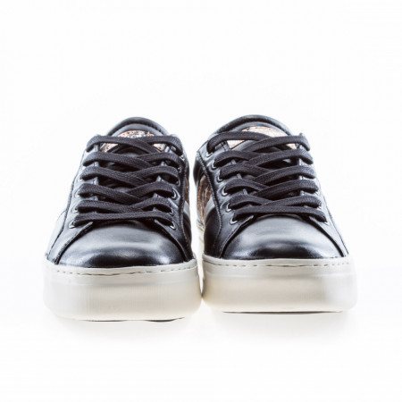 sneakers-basse-nere-in-pelle-donna