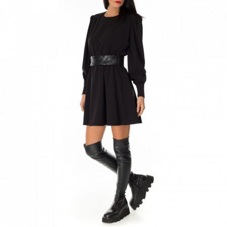 woman-short-dress-black