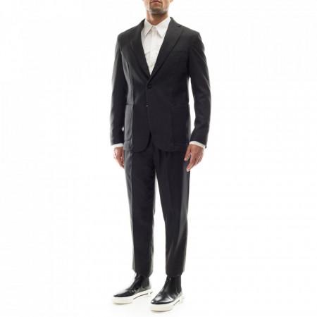 Outfit-abito-classico-grigio-ragazzo