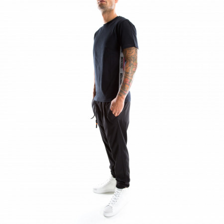 Men-shirt-black-moschino
