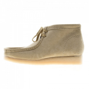 Clarks wallabee boot beige