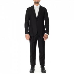 Outfit abito classico nero