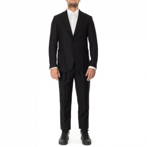 Outfit black classic suit