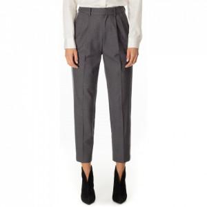 Isabelle-Blanche-pantalone-grigio-con-pinces