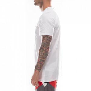 numero-00-t-shirt-over-bianca