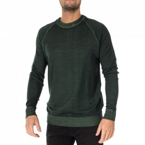 Outfit maglia girocollo in lana verde