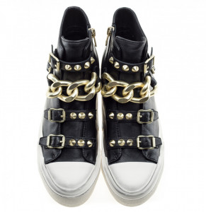 ash-galaxy-sneakers-black